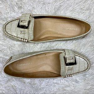 """BOGO Naturalizer Ivory """"Heaven"""" Loafer Size 7"""